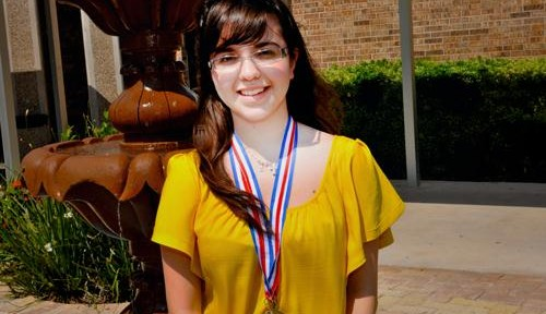 Past state spelling champ aims for perfection