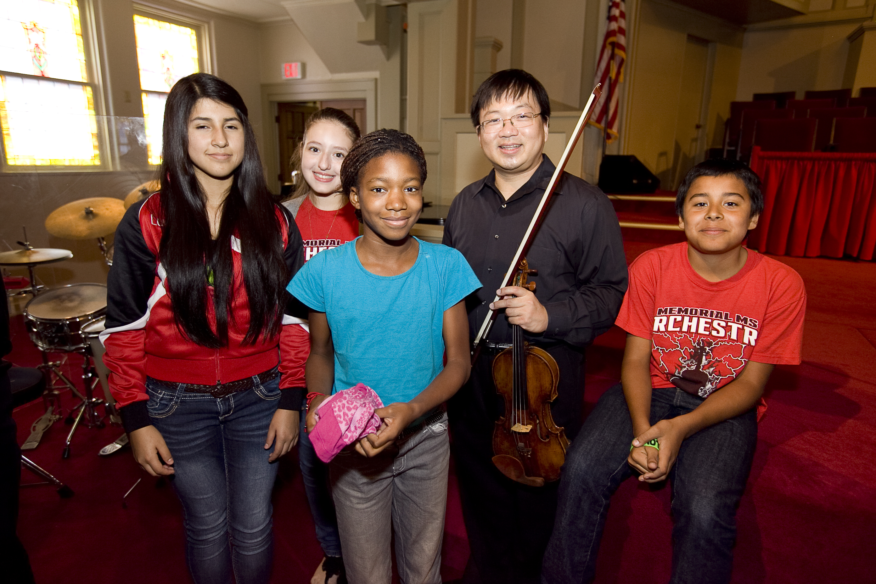 Quartet performs for HCISD students