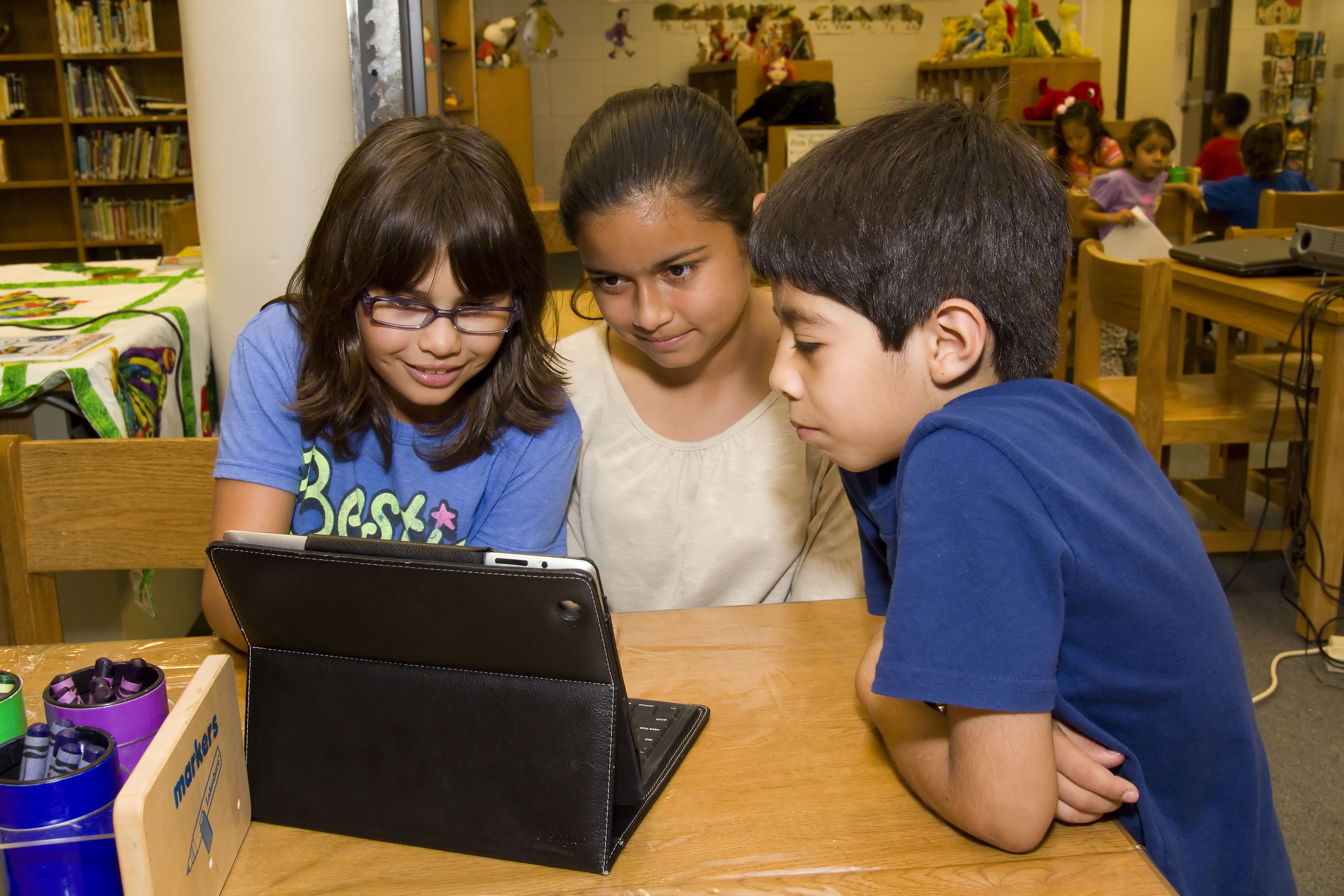 HCISD launches digital library