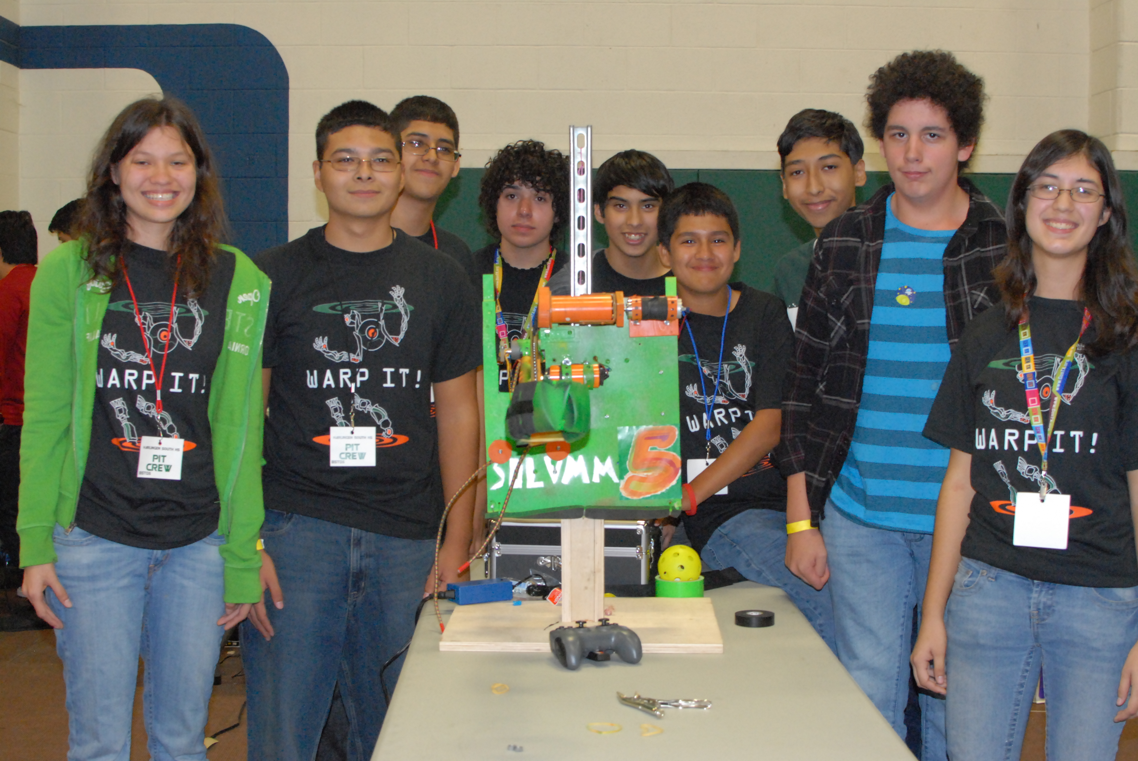 HHSS Robotics Team heads to region competition
