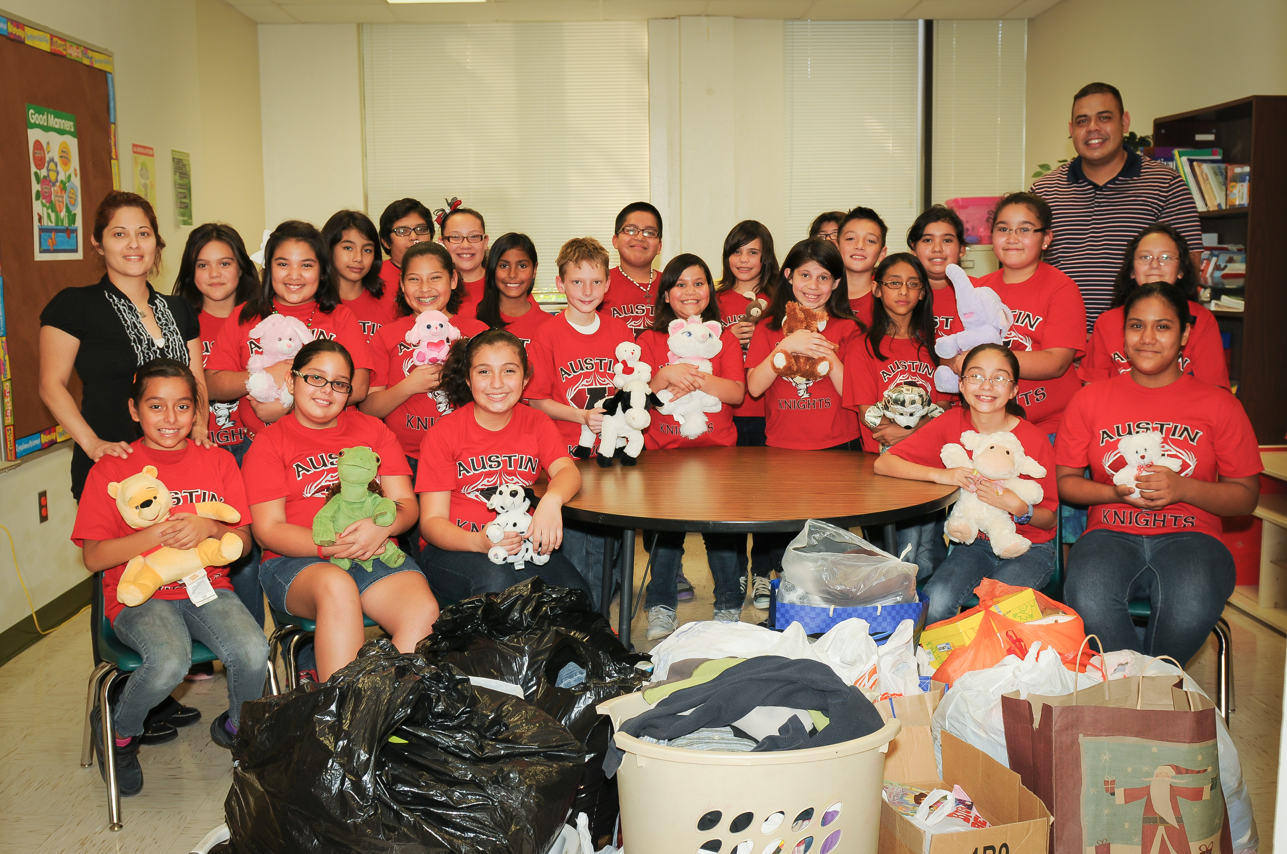 Austin Student Council collects goods for Harlingen families