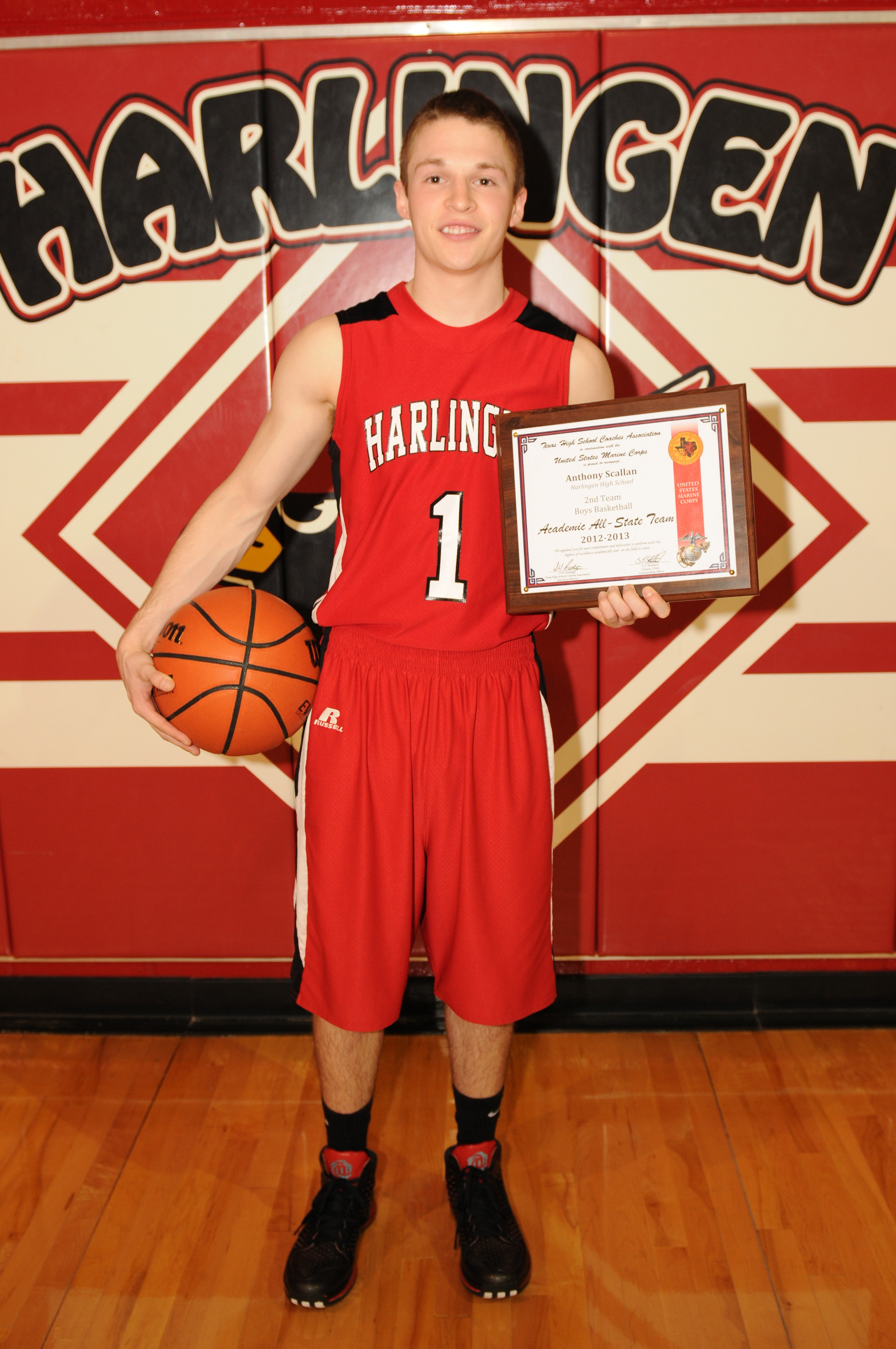 HHS basketball player awarded position on Academic All-State Team