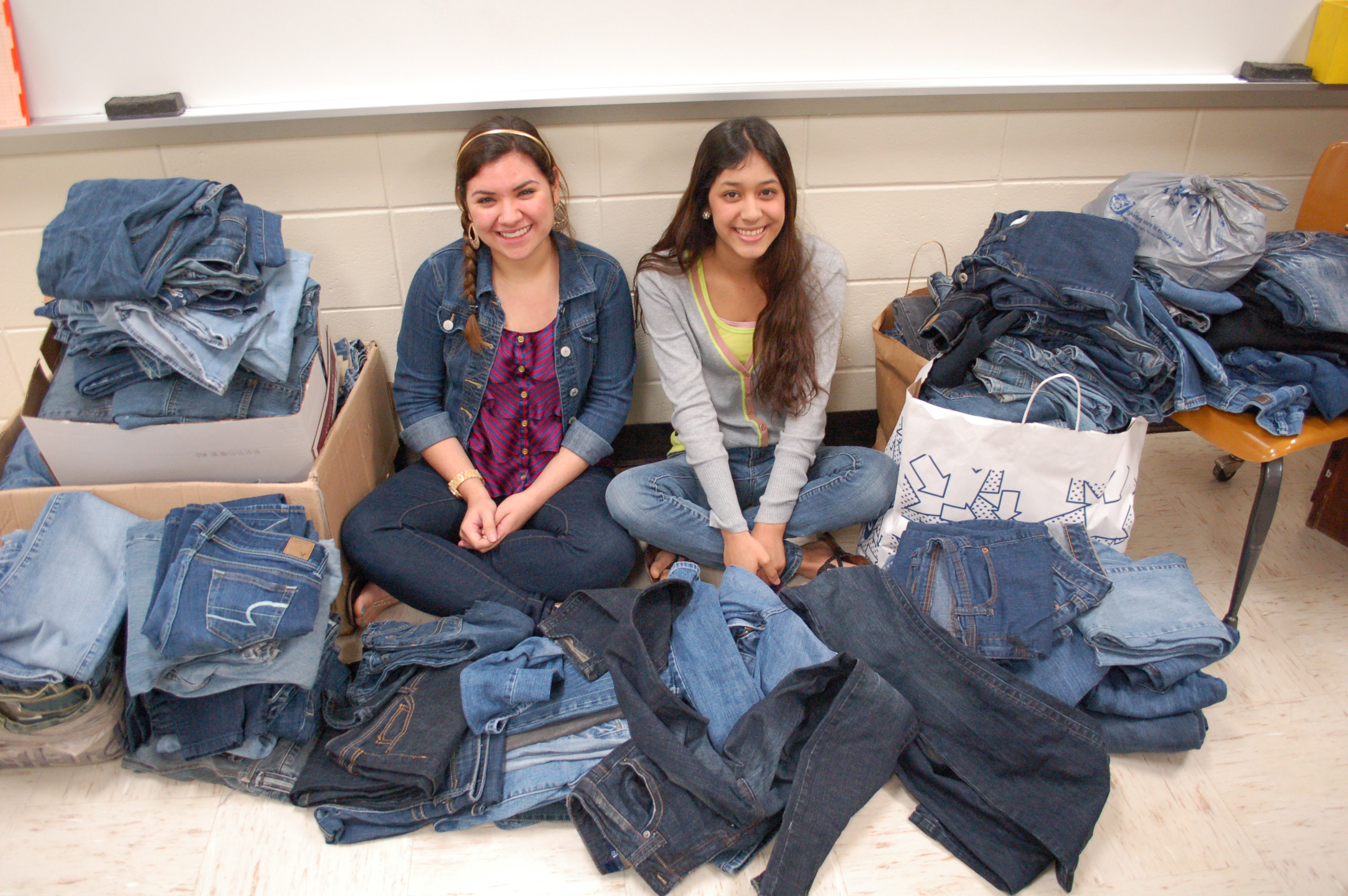 HHSS seniors give back to community with fashion