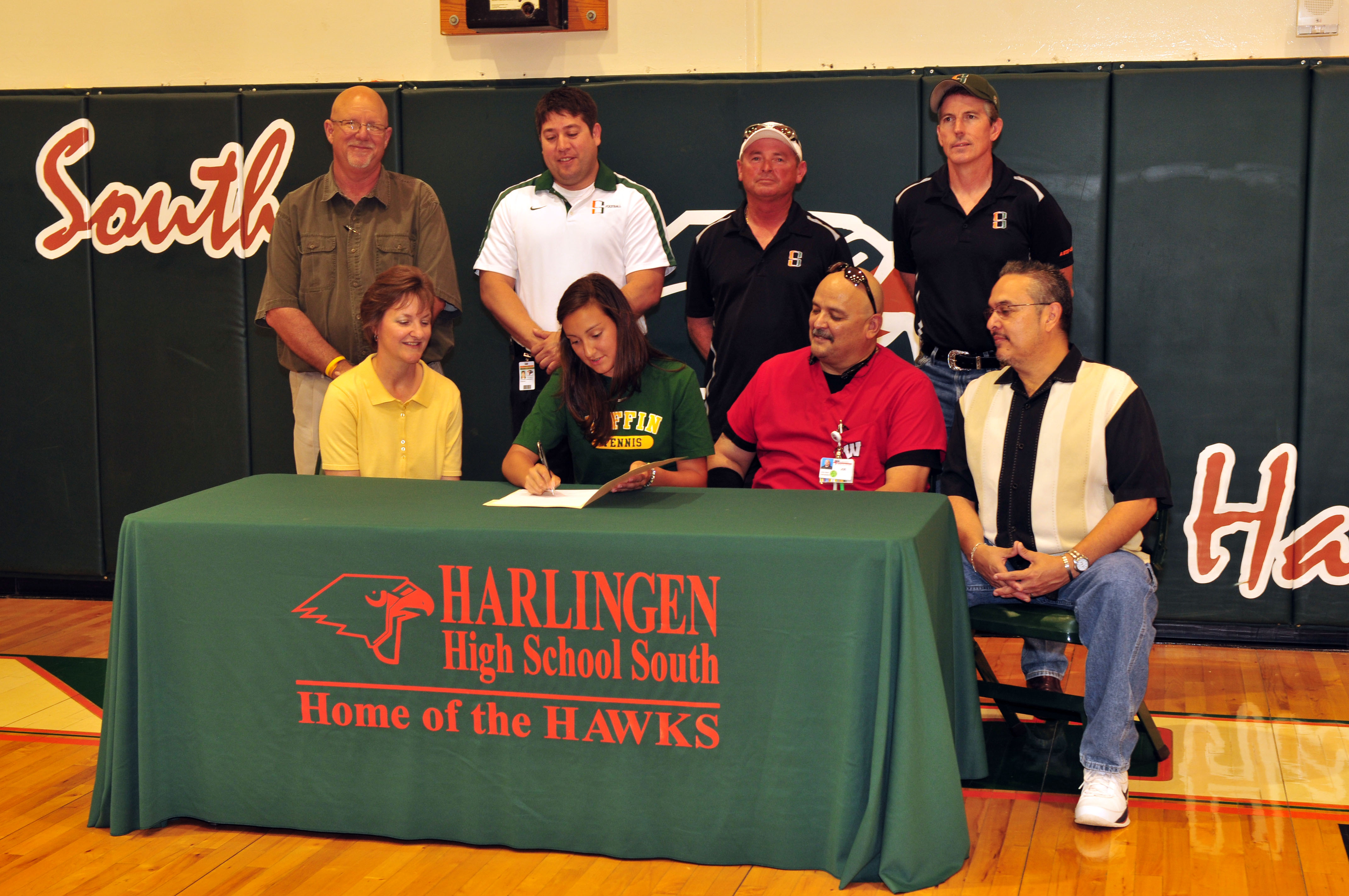HHSS tennis players sign letter of intent to continue academic and athletic excellence