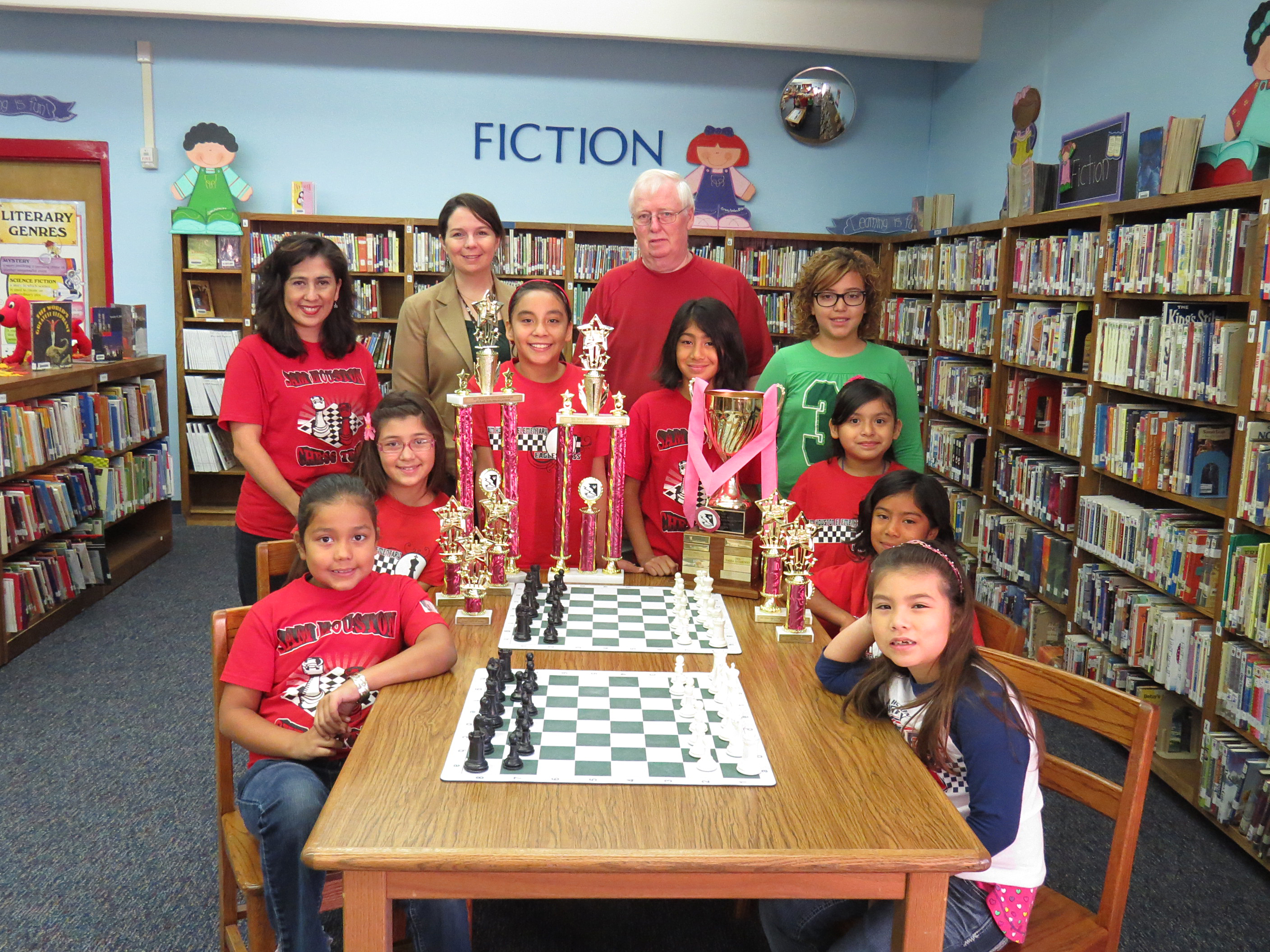Sam Houston chess team outsmarts the competition at girl's state tournament