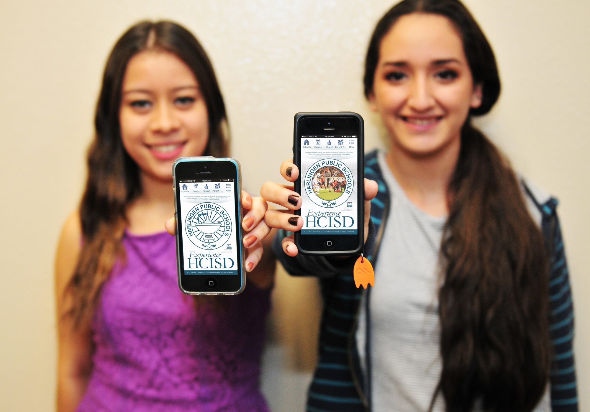 Community connects with HCISD Mobile App