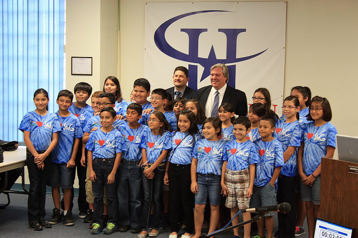 Long Student Council recognized by city for efforts to beautify community