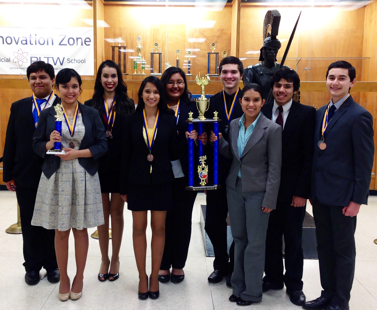HHS adds sweepstakes trophy, 2 state qualifications to successful season