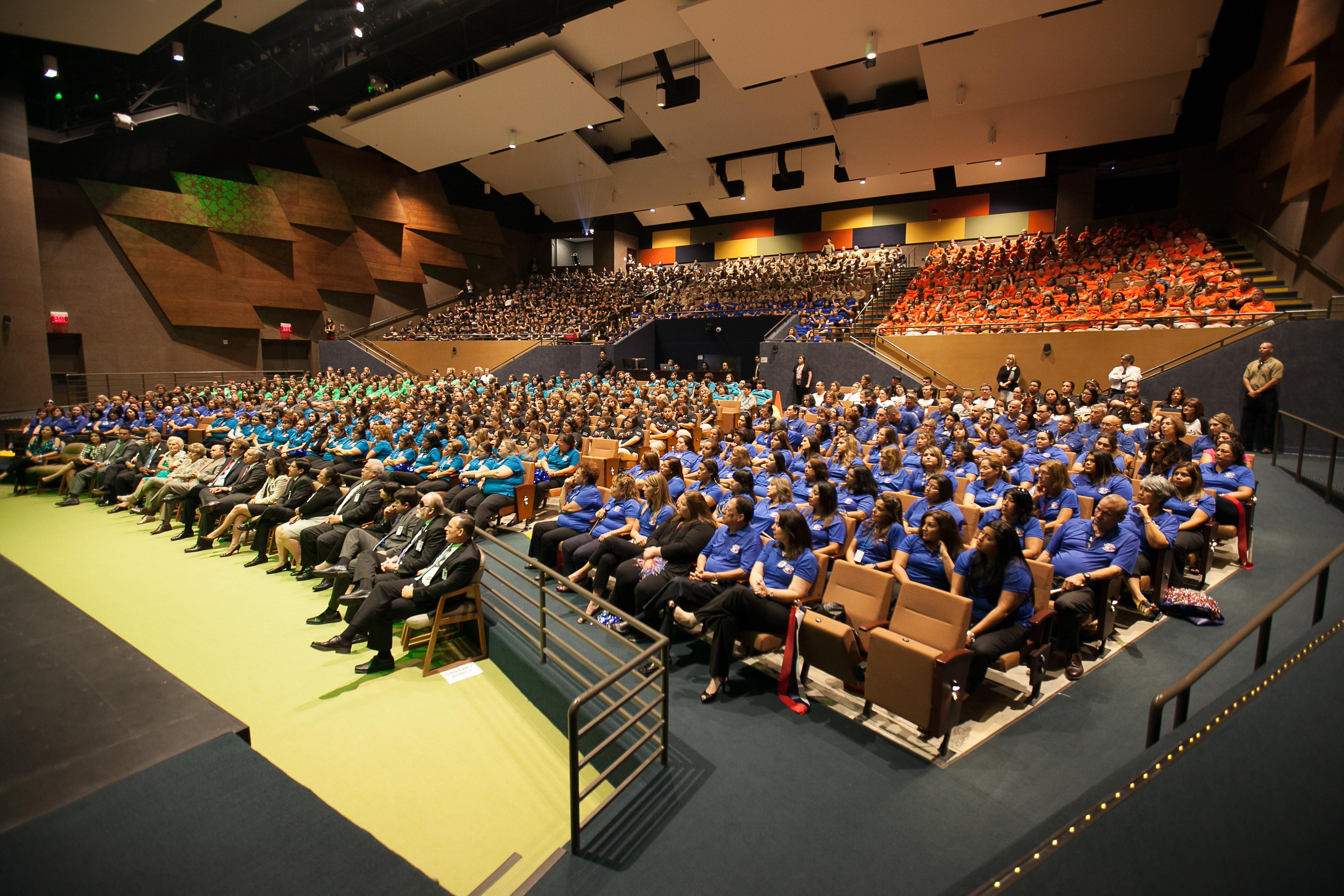 2014 Kickoff Celebration Inspires Educators to Get Students to the Finish Line