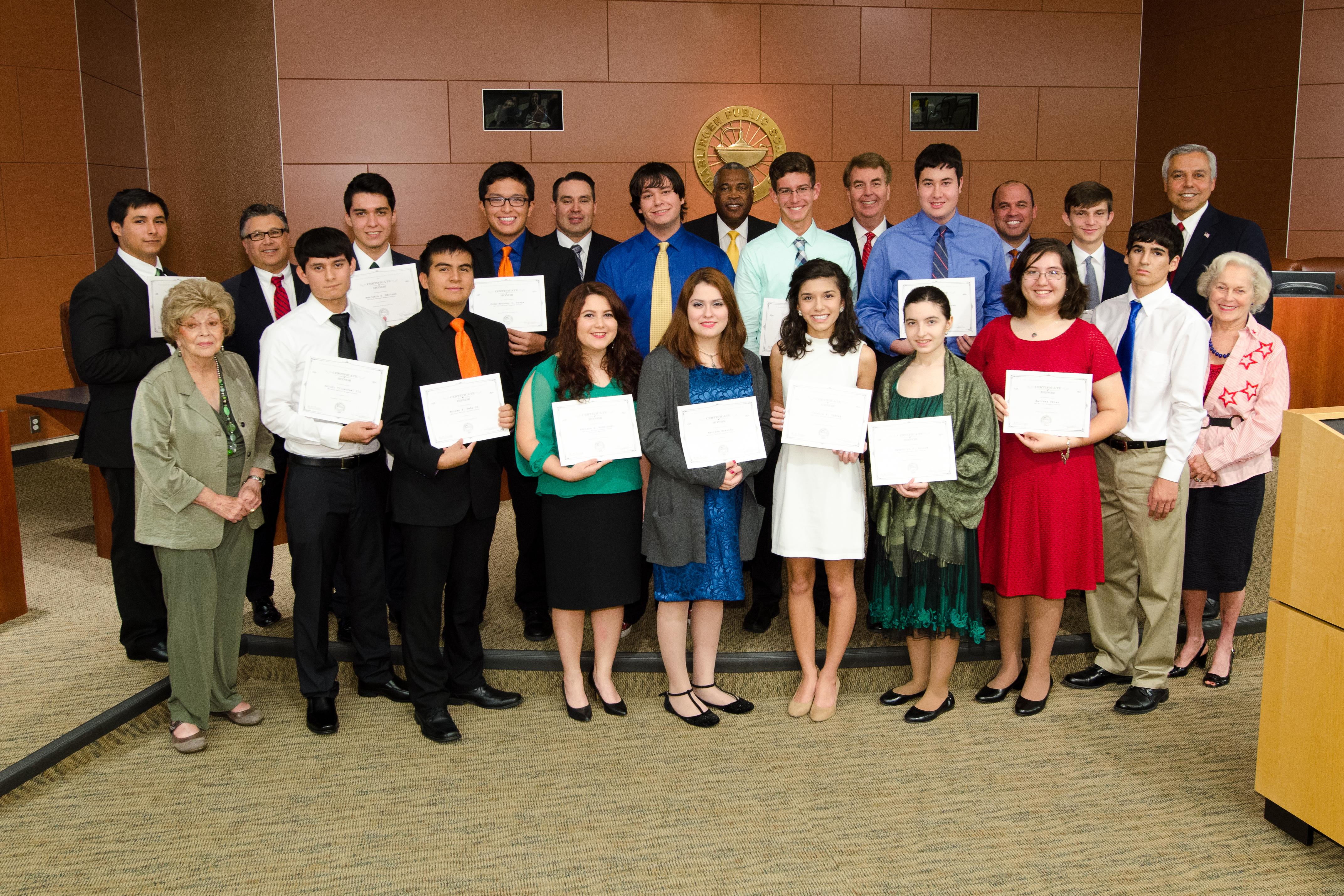 Rising above: 2014 HCISD Scholars recognized