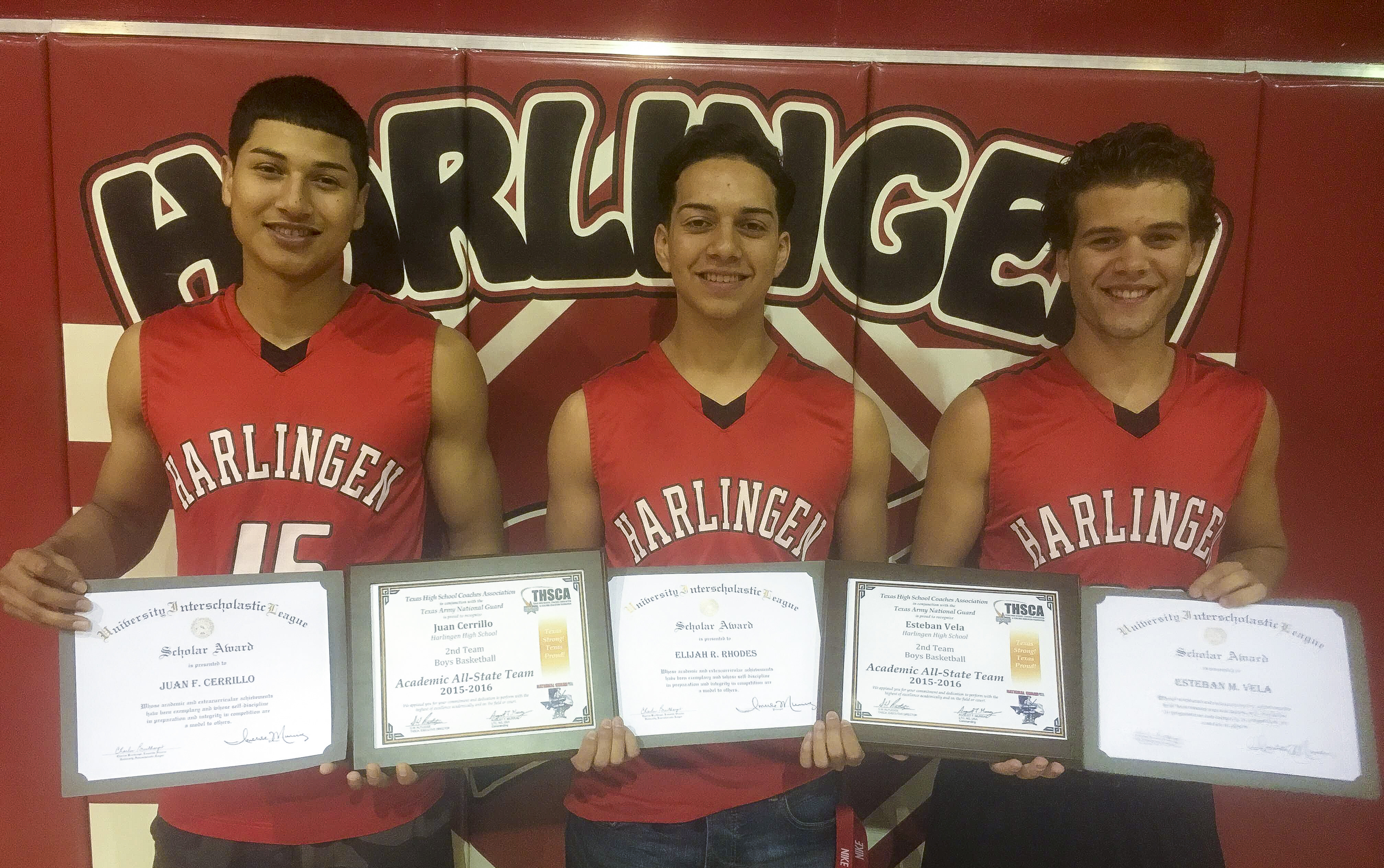 HHS basketball students recognized with Scholar Award, Academic All-State