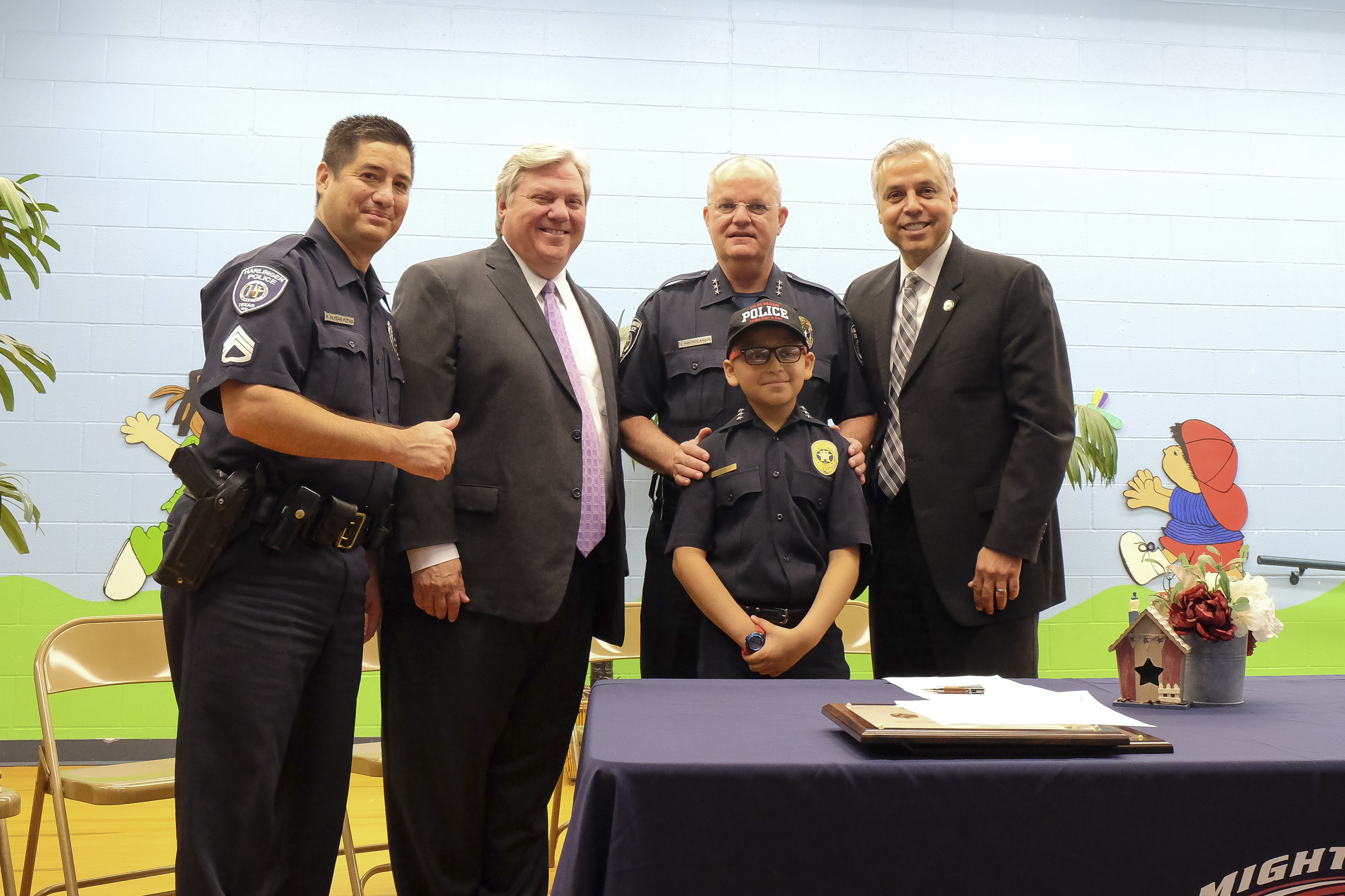 A wish come true: Houston Elementary student named Police Chief for a Day