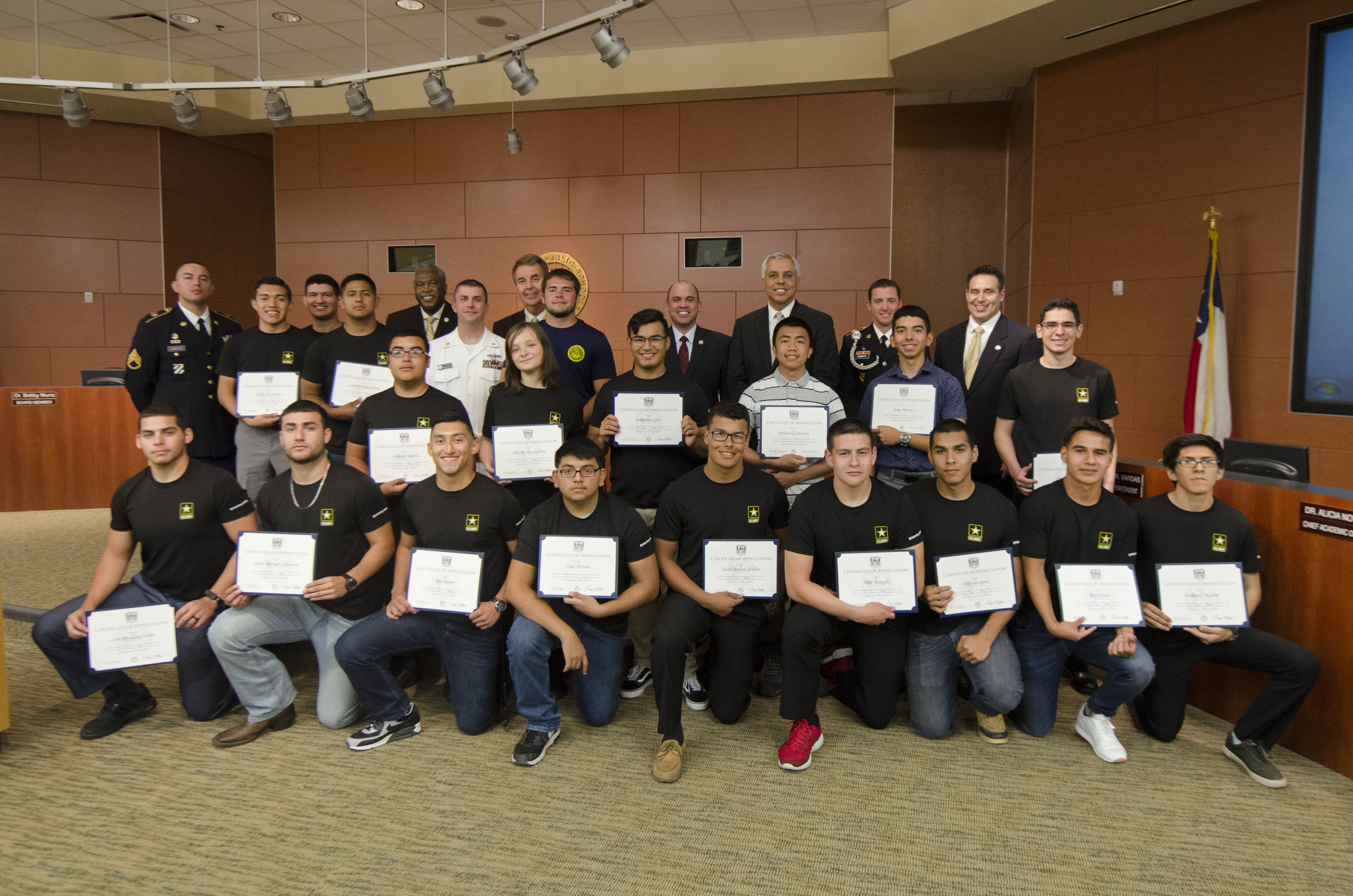 HCISD recognizes students joining the armed forces