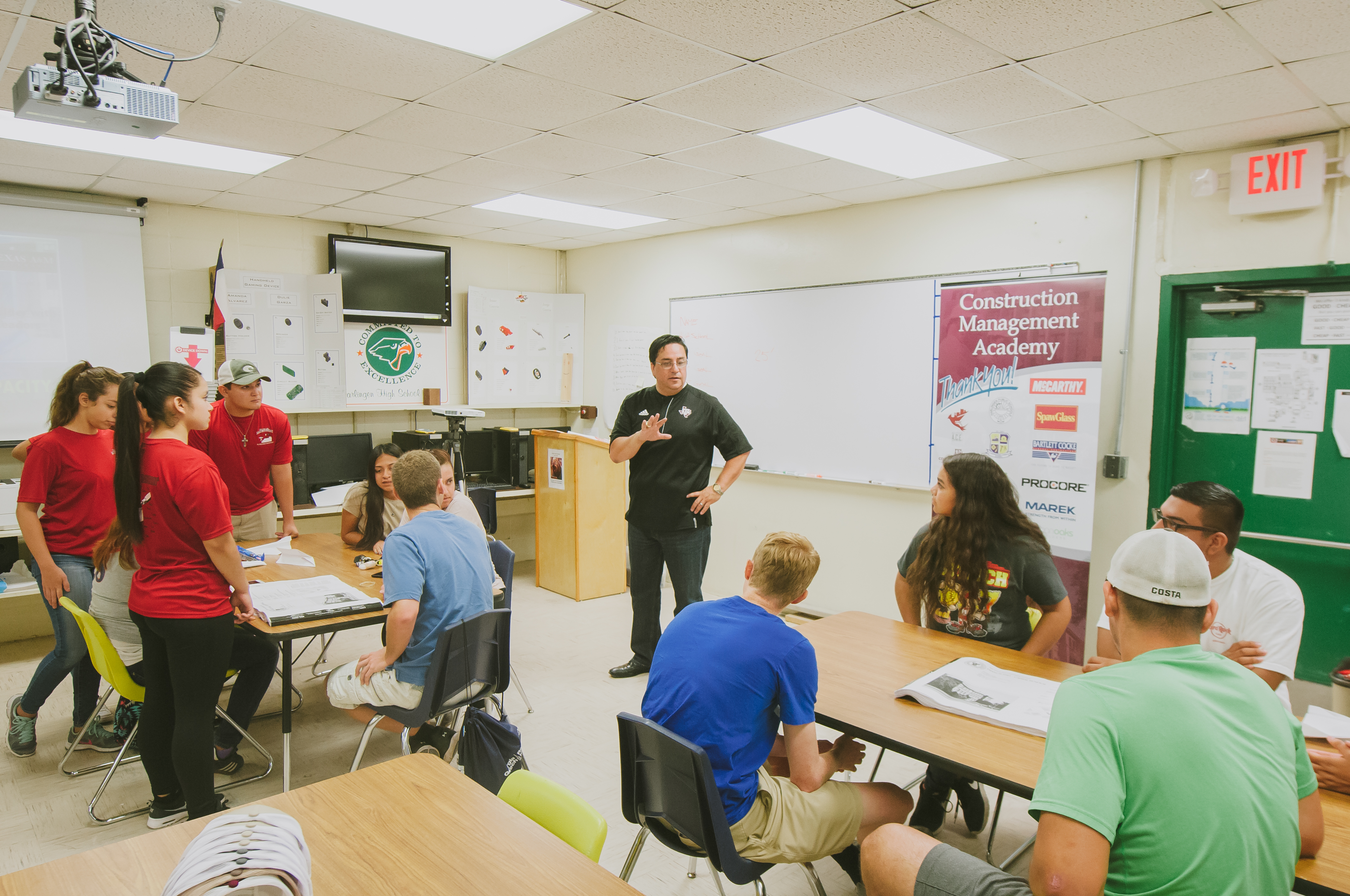 Texas A&M holds construction camp at HCISD