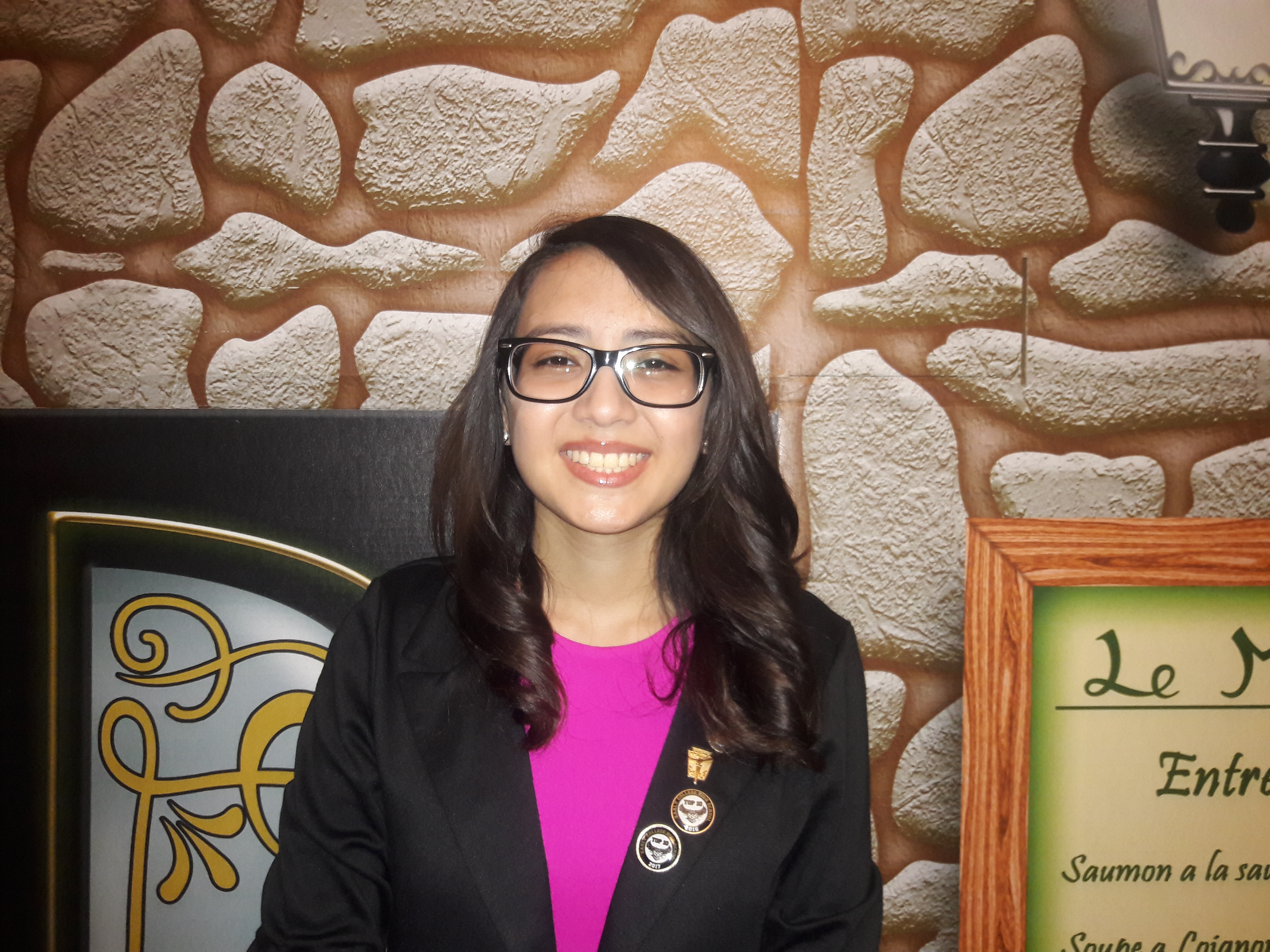 ECHS student author Katelynn Renteria receives Silver Book Award