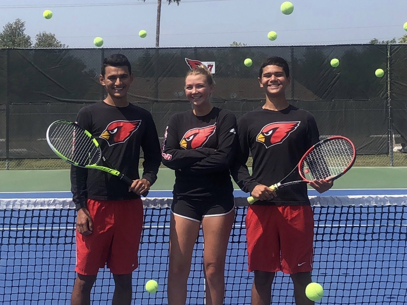 HS teams advance to regional tennis tournament