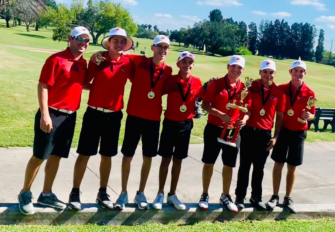 HHS Golf Team takes first at HCISD Invitational