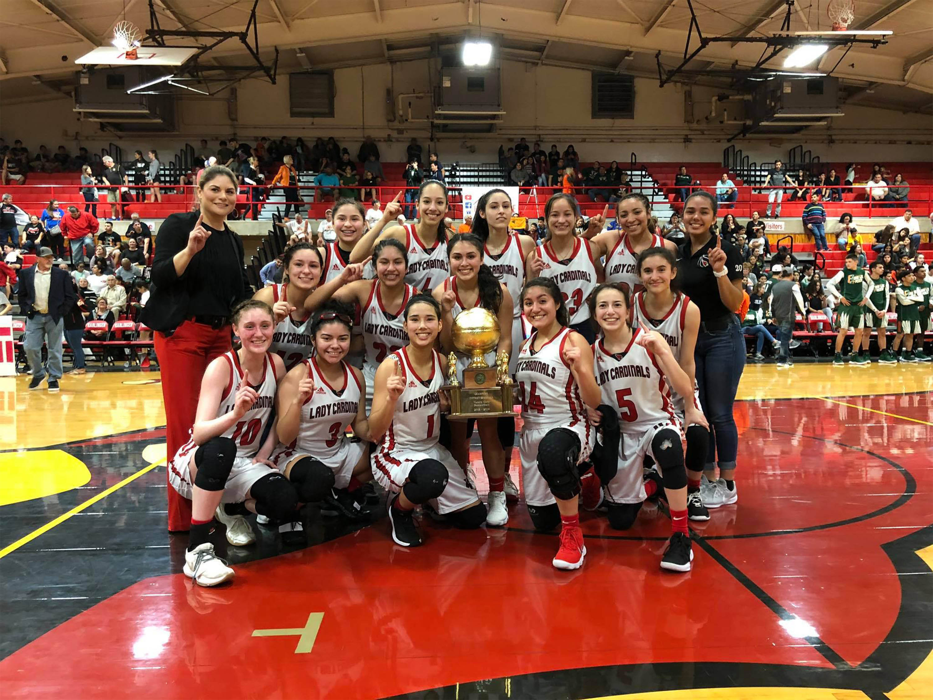 Lady Cards Win District Championship