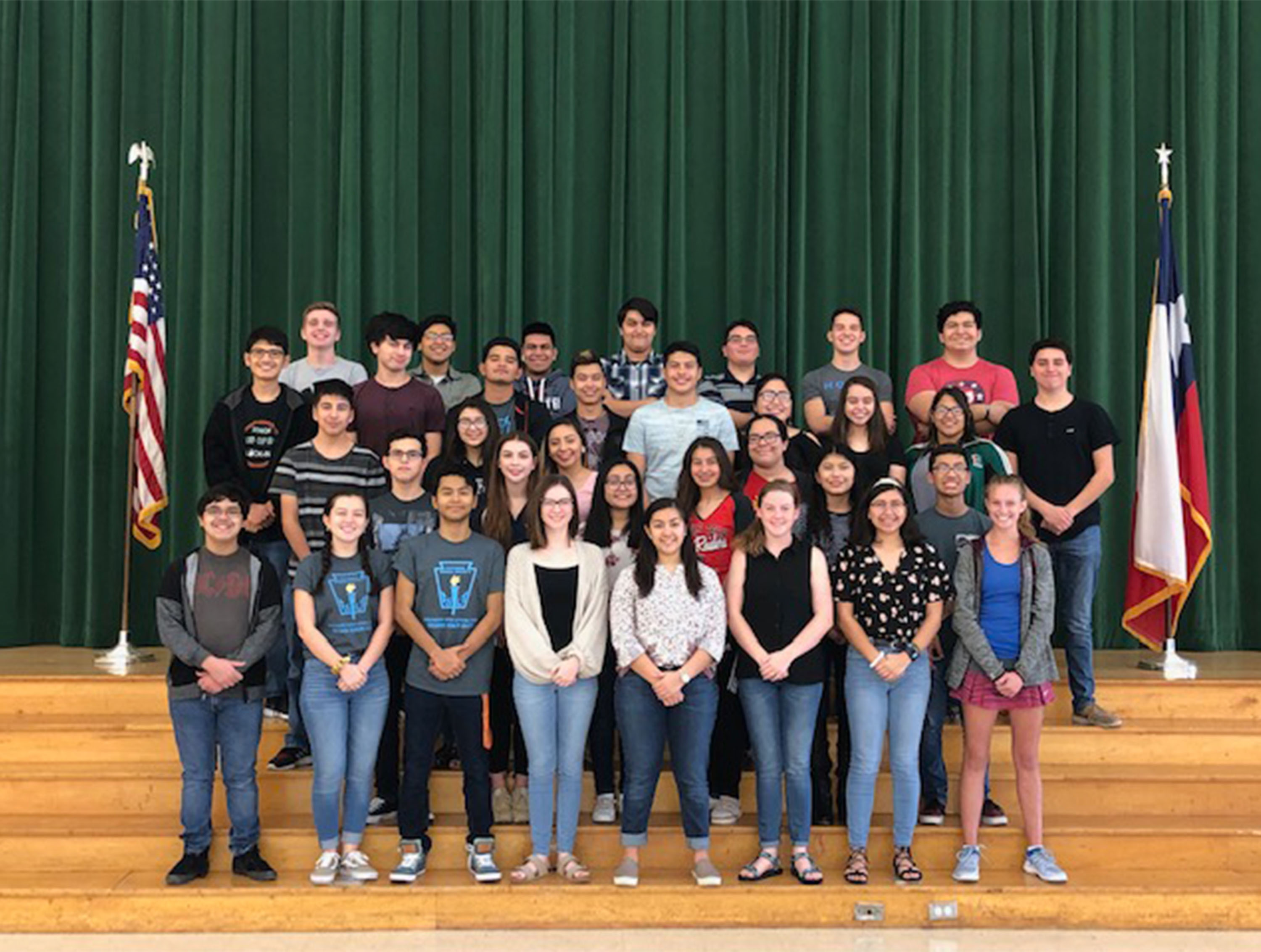Integrantes de la Banda Mighty Hawk califican para el Concurso Texas State Solo and Ensemble.