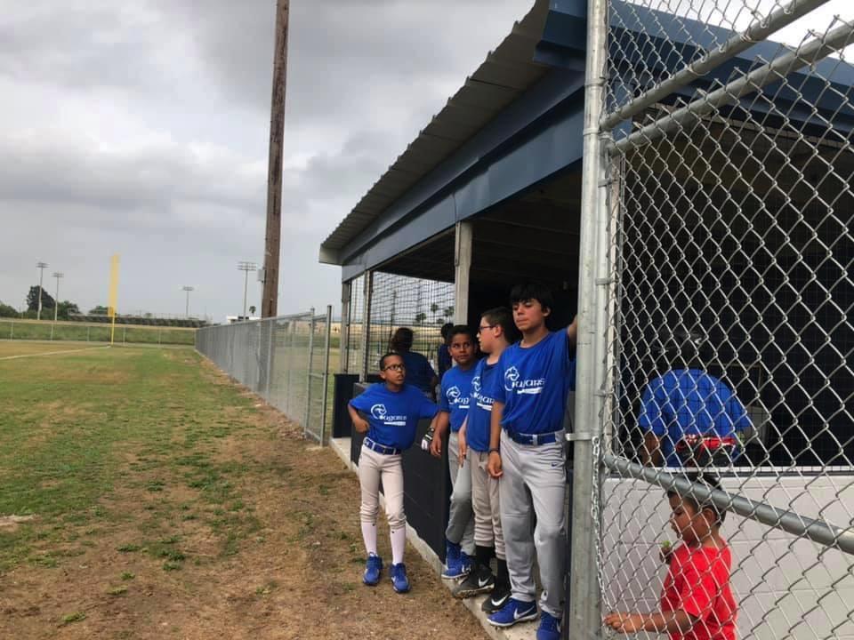 Los programas de béisbol y softbol esperan tener éxito el primer año.