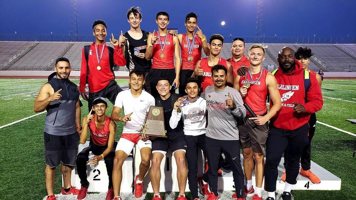 El equipo varonil de atletismo de HHS mantiene su racha y obtiene el campeonato consecutivo del área.