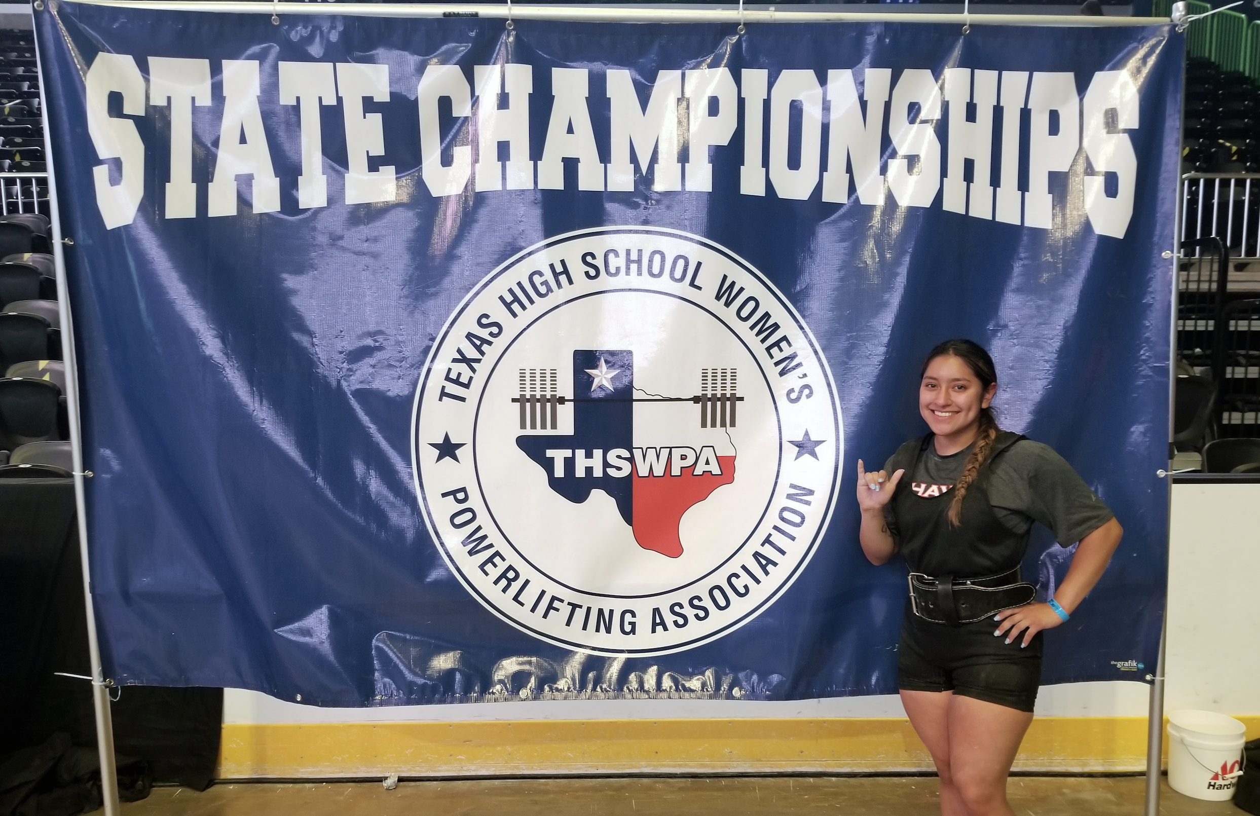 Idali Vasquez sets the bar for powerlifting as state medalist